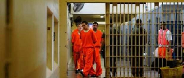 Даже Сталину такое не снилось: каждый четвертый американец сидит в тюрьме
