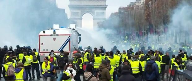 Куда Францию приведут протесты гопников