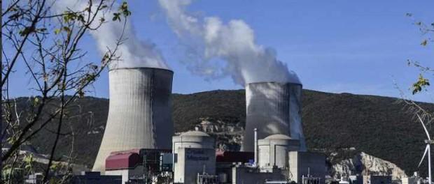 Франция отказывается от 33 атомных станции на своей территорий