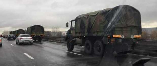 В Париж едет военная техника для подавления восстания гопников