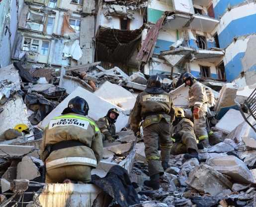 обрушение дома в Магнитогорске фото