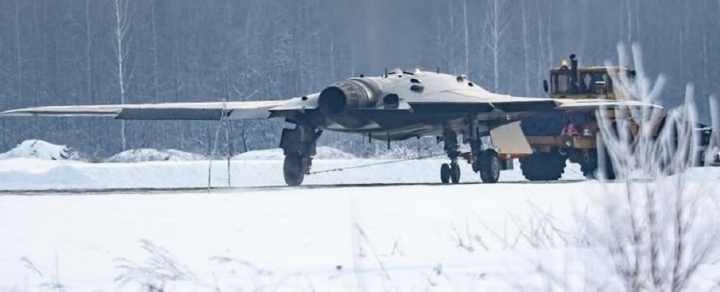 Беспилотник истребитель шестого поколения