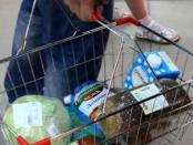 Житель города Добрянка вынес из магазина продукты на сумму в 367 рублей