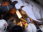 Магнитогорск видео спасение ребенка из под завалов