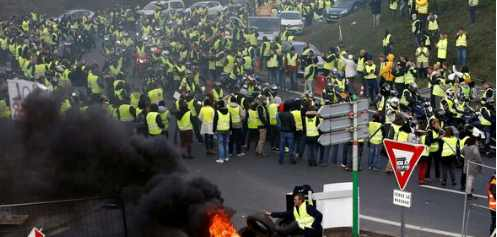 Франция обвиняет Россию в революции «желтых жилетов»