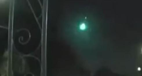 Страшный космос: падение в Южной Америке зеленных метеоритов
