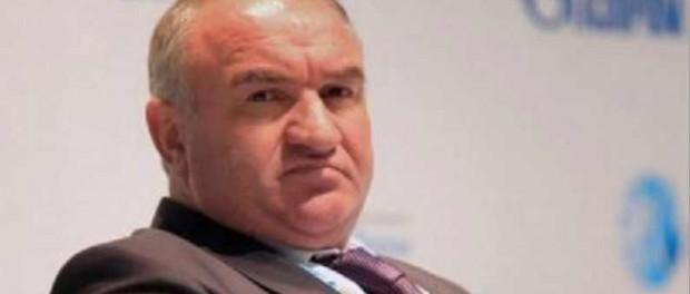 Кто и зачем покрывал мошенника Газпрома Арашукова