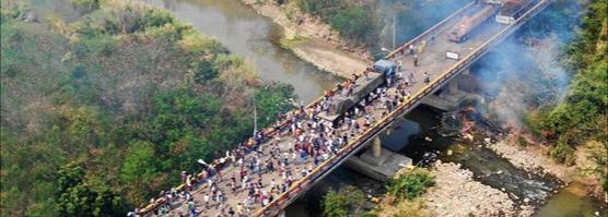 В гуманитарной грузе в Венесуэле оказалось оружие