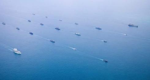 Индия в Аравийском море собрала могущественный флот
