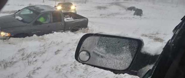 В США весной пришла зима и наводнение