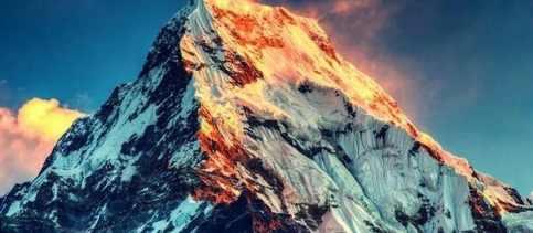 Весной 2019-го Эверест начал таять быстрыми темпами
