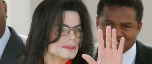 Радиостанции больше не хотят крутить Майкла Джексона из-за педофилии