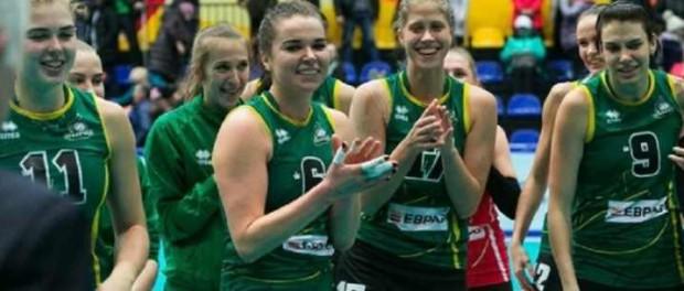 «Уралочка» вышла в полуфинал по волейболу