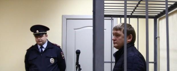 Главного борца с коррупцией уволили за коррупцию