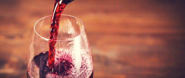 Вино тоже вызывает рак