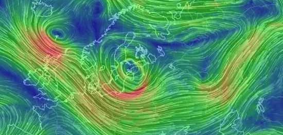 Жестокий циклон движется на Москву