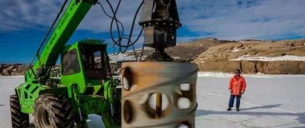Цунами, которая перехлестнула Антарктиду