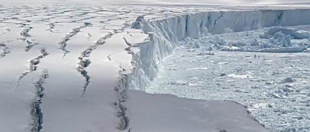 Разломы в Антарктиде потопят материк