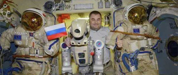 Роскосмос вернёт космонавтам пистолеты