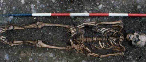 Средневековый скелет показывает жестокость пыток того времени