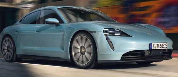 Porsche представляет Taycan 4S EV среднего класса
