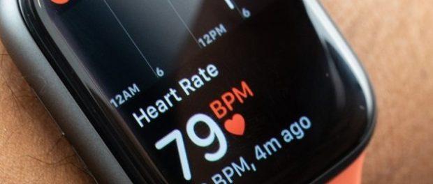 Apple Watch Series 4 только продолжают дешеветь