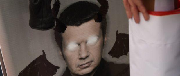 На «марше бесов» полили грязью Соловьева