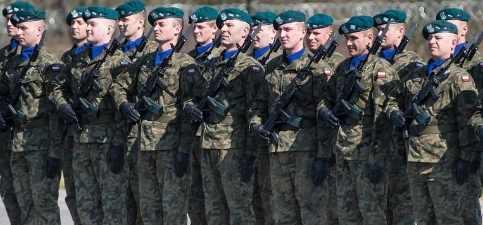 Польша реально готовится к войне с Россией