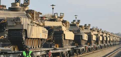 Пентагон отправляет 13000 единиц в Европу, и еще 20000 солдат