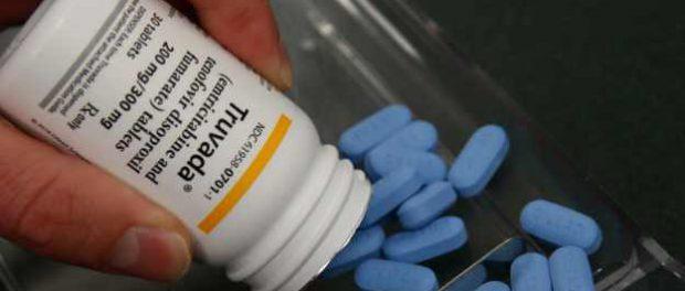 Реклама в Facebook распространяет дезинформацию о препаратах против ВИЧ