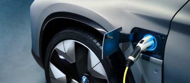 BMW теперь имеет 500 000 электромобилей на дороге