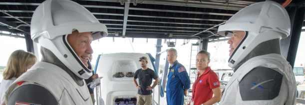 Элон Маск ожидает первую космическую миссию SpaceX весной