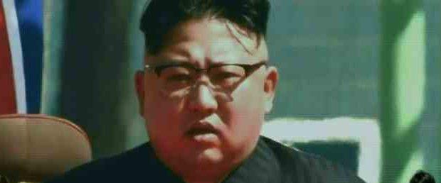 Ким Чин Ын отстрелялся от вируса двумя ракетами