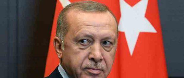 Эрдоган срочно пытается обхитрить Путина и Трампа