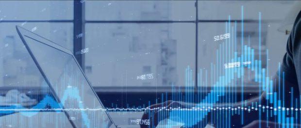 Эта цена акций упала на 70% в случае краха фондового рынка, стоит ли покупать?