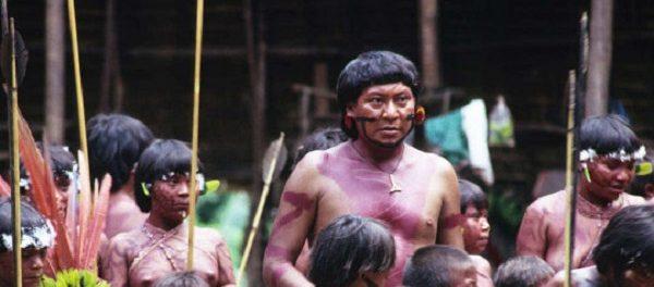 Коронавирус добрался до племени, изолированно проживающего в джунглях Амазонки