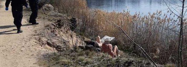 В Чехии полиция попросила нудистов на пляже надеть маски