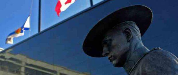 Стрелок убил 16 человек в Канаде