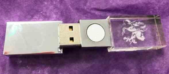 «Нанослойный каталитический нейтрализатор» на деле оказался обыкновенной USB-флэшкой.
