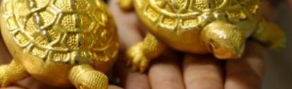 Что движет ценой золото