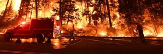 Большая эвакуация: в Калифорнии из зоны пожара вывозят почти 120 тыс. человек