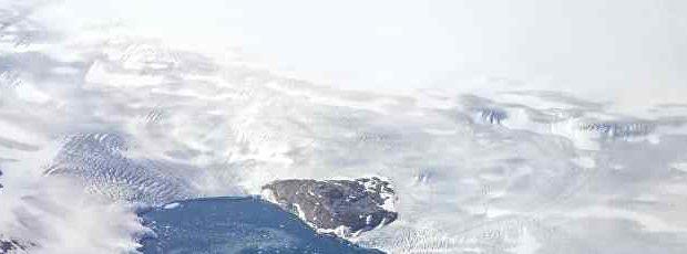 Ледяной щит Гренландии тает самыми быстрыми темпами за 12000 лет