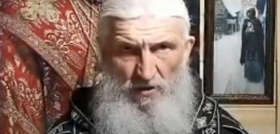 Отец Сергия начал оборону Среднеуральского монастыря