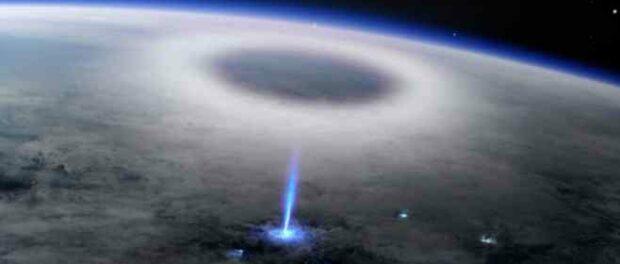 Таких молний в NASA и ESA еще не видели